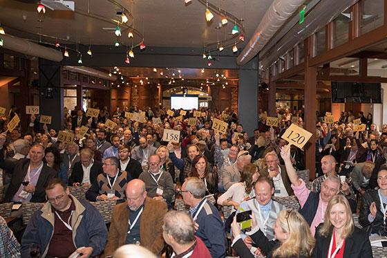 Premiere Napa Valley Live Auction bidding 2017